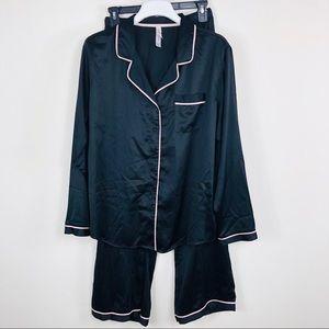 Gilligan & Omalley Black Satin PJ Set Size XXL